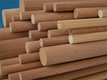 Hůlka dřevěná 0,5 m spirálově rýhovaná - buk
