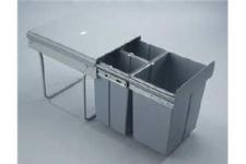 Výsuvný odpadkový 3-koš s úchyty dvířek 2x10+1x20L, šedý